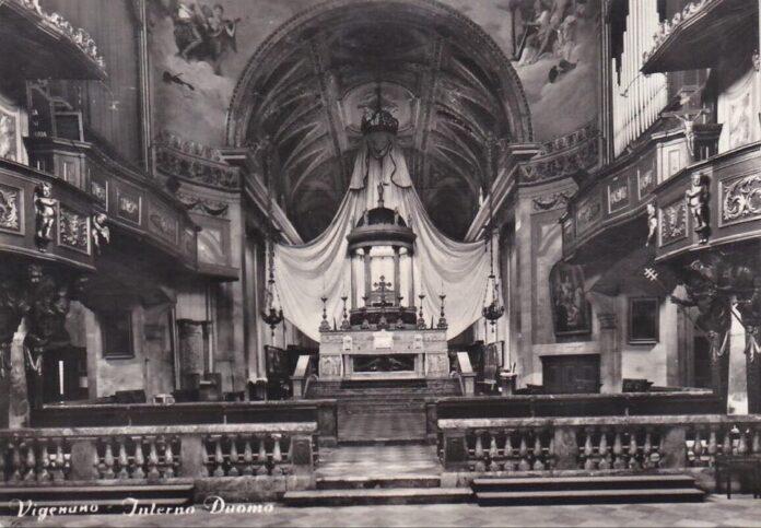 Un'immagine del Duomo nell'Ottocento