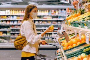 spesa mascherina supermercato