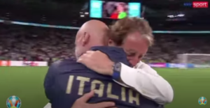 SPORT Euro 2020 - abbraccio Mancini-Vialli